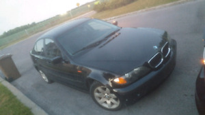 2004 BMW 325XI AUTOMATIC A1 FAITES OFFRE !!! MAKE OFFER