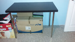 basic desk great condition