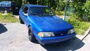 Mustang a vendre clean !!
