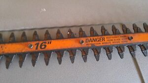 16 inch Black and Decker Hedge Trimmer