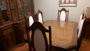 Beautiful Large Dining Room Table With Matching China Hutch