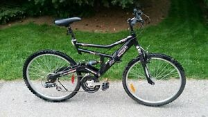 Mens 21 Speed Raleigh Mountain Bike with Suspension