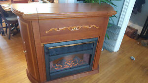 ELECTRIC FIREPLACE BAR - SOLID WOOD - Excellent Condition