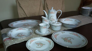 set vaisselle en porcelaine Fairfield