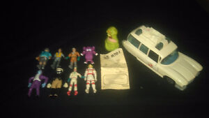 Ghostbusers vintage 1984 car and figures