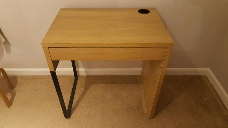 purchase cheap 956ae d5abe Ikea MICKE Desk oak effect | in Maldon, Essex | Gumtree