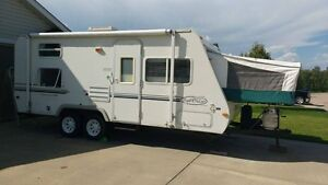21 ft Trail Cruiser with Bunk Beds & A/C
