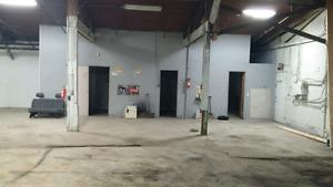 Shop space 3200 sq ft