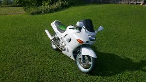 1994 Kawasaki ninja zx6e $2000 OBO