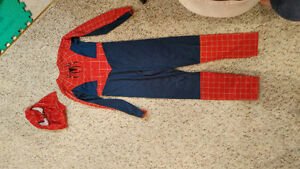 Spider man costume size 8-10