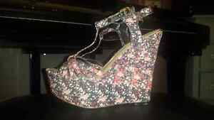 Le Chateau Floral Wedge Heels  London Ontario image 1