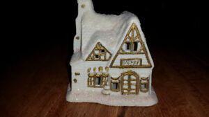 "Collectible ceramic Christmas house ""Bakery"" Danson inc."