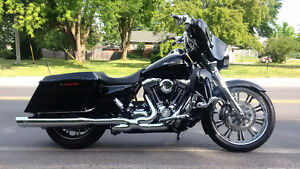 2009 Harley Davidson Street Glide with $15,000 in upgrades