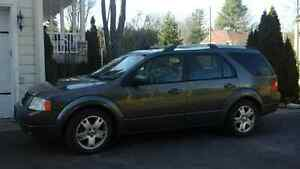 2005 Ford FreeStyle/Taurus X Familiale
