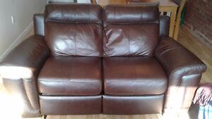 Sofa à inclinaison électrique Seth en cuir véritable - acajou
