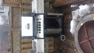 Broil-mate propane and natural gas BBQ