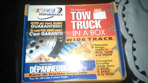 Tow truck in a box new never used it London Ontario image 1