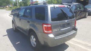 2009 Ford Escape XLT SUV, Certifed and E-tested London Ontario image 5
