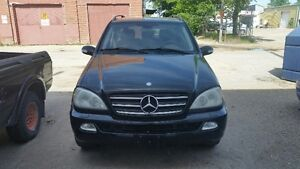 2004 Mercedes-Benz M-Class ML500 SUV, Crossover
