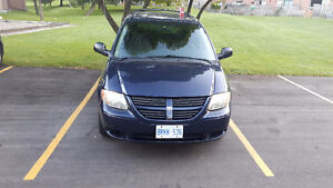 2006 Dodge Grand Caravan Minivan, Van London Ontario image 6