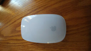 Wireless apple mouse