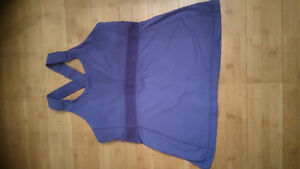 Lululemon tops sz 12 like new