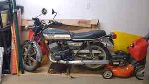 '76 Yamaha RD400