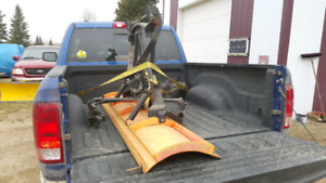 Snow blade for pick up