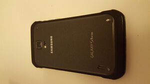 Unlocked Samsung Galaxy S5 Active Mint!