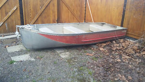 12 foot aluminum Harbourcraft fishing boat