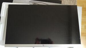"HP 27"" Full HD IPS LED Monitor (27ES) - Black"