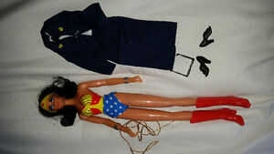 Wonder woman doll 70s