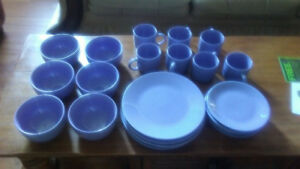 Dinnerware set for sale only $10