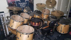 11 pce pearl sst birch drum set with skins and tom mounts. Cheap