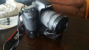 GREAT DEAL!! 7d Canon + Sigma 17-70mm, battery grip, and more..