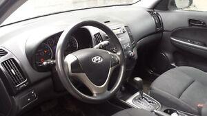2009 Hyundai Elantra Touring / Automatic/ Very Healthy