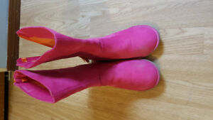Size 3 youth gymboree  boots