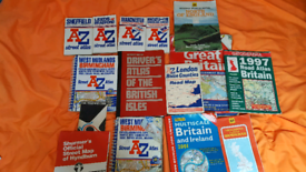 A collection of 12 old books. Atlases and a-z. £10.