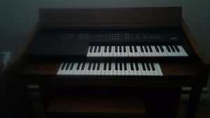 Orgue parfaite condition