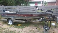 Adventure 16'6 bass boat Evinrude 30hp long shaft tiller