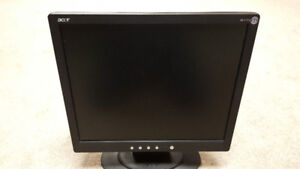 """Acer Monitor 17"""""""
