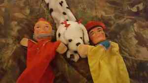 Mr.Rogers puppets