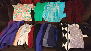 Huge lot brand name mature womens clothing (small)