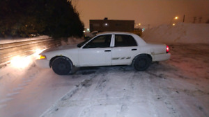 #2011 Ford Crown Victoria (Police) Exchange Only Minivan