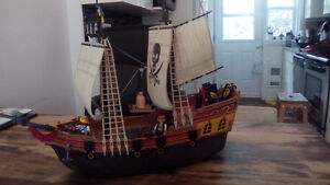 Bateau pirates playmobil