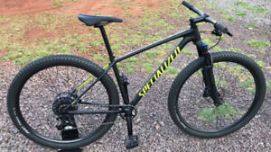 2018 Specialized Chisel Expert 1X Mountain Bike Never Offroad