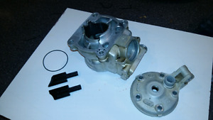Husqvarna 125 wr cylinder and head , including  power valves