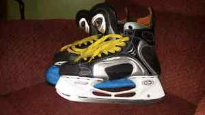 Mens Easton Skates Size 10W