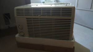 5000 BTU Air Conditioner Window Unit