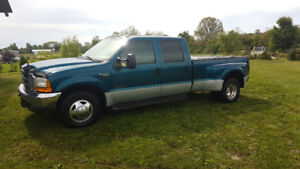 2000 Ford F350 XLT Super Duty Dually